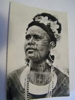 CPA - Grand Format - Océanie - Nouvelle Guinée Papouasie - Jeune Fille Tatouée (Roro) -  1930 -  SUP  (FE 15) - Papua Nuova Guinea