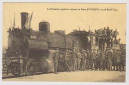 Cpa - La Première Machine Entrant En Gare D'Hirson - - Treinen