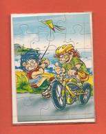 Mini Puzzle 15 Pièces - Jeux De Gamins, Vélo, Cerf-volant - Sans Date - TBE - Puzzle Games