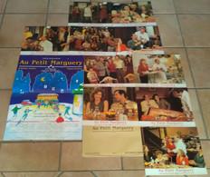 AFFICHE CINEMA FILM AU PETIT MARGUERY + 10 PHOTOS BENEGUY AUDRAN AUMONT TB DESSIN 1995 - Posters