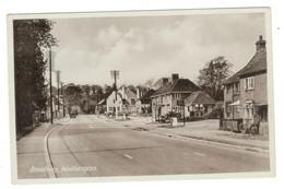 Vintage Postcard 1930's Broadway, Woolhampton Unused. See Description AA - Otros