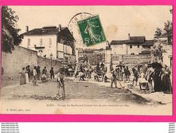 (Ref: Z2273) CPA AGEN (47 LOT & GARONNE) Pavage Du Boulevard Carnot Lors De Son Ouverture En 1895 (très Animée) - Agen