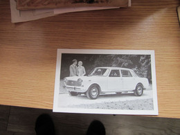 Austin 3 Litre Saloon  Printed In England A M S Jugoslavija - Passenger Cars