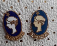 Ice Hockey Club TJP SONP Kladno Czechoslovakia Vintage  Pins - Sport Invernali
