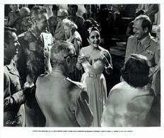Elizabeth Taylor As Leonora Penderton Cast REFLECTIONS IN A GOLDEN EYE 1967 +-20*25.5cm JOHN HUSTON FILM DIRECTOR CINEMA - Beroemde Personen
