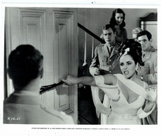 Elizabeth Taylor As Leonora Penderton REFLECTIONS IN A GOLDEN EYE 1967 +-20*25.5cm JOHN HUSTON FILM DIRECTOR CINEMA - Beroemde Personen