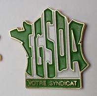 QQ218 Pin's Carte De France SYNDICAT UNSA FGSOA Fédération Générale Salariés Organisations Agriculture Achat Immédiat - Amministrazioni