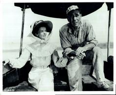 Katharine Hepburn And Humphrey Bogart THE AFRICAN QUEEN 1951 +-20*26cm JOHN HUSTON FILM DIRECTOR CINEMA - Beroemde Personen