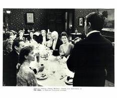 Donal McCann As Gabriel Conroy Anjelica Huston  THE DEAD 1987 +-20*25.5cm JOHN HUSTON FILM DIRECTOR CINEMA - Beroemde Personen