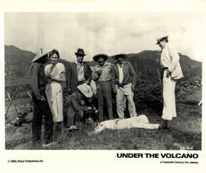 Albert Finney Jacqueline Bisset  UNDER THE VOLCANO 1984 +-20*25.5cm JOHN HUSTON FILM DIRECTOR CINEMA - Beroemde Personen