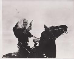 Stacy Keach As Bad Bob THE LIFE AND TIMES OF JUDGE ROY BEAN 1972 +-20*25cm JOHN HUSTON FILM DIRECTOR CINEMA - Beroemde Personen