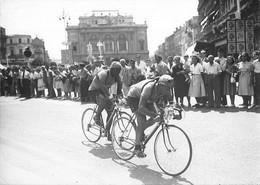 TOUR DE FRANCE-PHOTO DE PRESSE- ETAPE DE LA SOIF PERPIGNAN NIMES,LES NORD AFRICAINS MOLINES ET ZAAF - Cyclisme