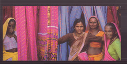 "Carte ( 23 X 10.5 Cm ) "" Fabrique De Saris, Rajastan, Inde "" Par Bruno Morandi - Andere Fotografen"
