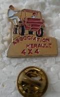 Pin's - Automobiles - 4 X 4 - ASSOCIATION HERAULT - - Altri