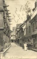 8093 CPA Gisors - La Rue Dauphine - Gisors