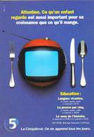 """Carte Postale """"Cart'Com"""" - Série """"Divers, Presse, Média,..."""" - La Cinquième (téléviseur Et Couverts De Table) - Advertising"""