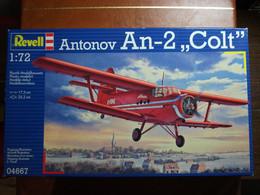 Maquette Plastique - Avion Antonov An-2 'Colt' Au 1/72 - Revell N°04667 - Airplanes