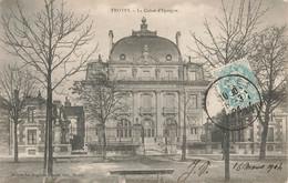 TROYES : LA CAISSE D'EPARGNE - Troyes