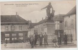 Arcis Sur Aube (10 - Aube)  Statue De Danton Place De La République -  Café Du Commerce - Arcis Sur Aube
