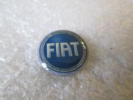 PIN'S     Logo   FIAT     16mm - Fiat