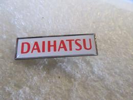 PIN'S    DAIHATSU   28X8mm - Fiat