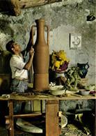 VALLAURIS  Centre Mondial Des Poteries Et Céramiques D' Art Un Potier à Son Tour RV - Vallauris