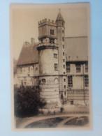 Cpa Bourges Hôtel De Jacques Coeur(XVe Siècle) La Tour Du Trésor - Bourges