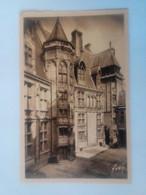 Cpa Bourges Hôtel De Jacques Coeur.La Cour - Bourges