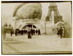 Paris. Exposition Universelle De 1900. La Tour Eiffel Et Le Globe Terrestre. Globe Céleste. Tirage Citrate. - Old (before 1900)