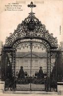 NIM 29454   TROYES  GRILLE DE L HOTEL DIEU - Troyes