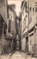NIM 29455   TROYES  LA RUELLE DES CHATS - Troyes