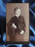 Photo CDV Boulanger à Mulhouse  Femme Assise  CA 1885 - L556 - Old (before 1900)