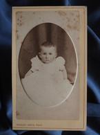 Photo CDV Kohler-Dietz à Mulhouse  Portrait Bébé Assis En Robe  CA 1875-80 - L556 - Old (before 1900)