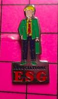 521 Pin's Pins / Beau Et Rare / THEME : ASSOCIATIONS / ESG ECOLE SUPERIEURE DE GESTION ça Fait Rêver ! - Associazioni