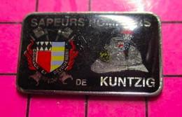 521 Pin's Pins / Beau Et Rare / THEME : POMPIERS / SAPEURS POMPIERS DE KÜNTZIG - Pompieri