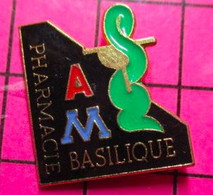 SP16 Pin's Pins / Beau Et Rare / THEME : MEDICAL / CADUCEE PHARMACIE DE LA BASILIQUE - Medici