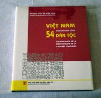 Livre : Vietnam - 54 Dan Toc - Images De La Communauté De 54 Groupe Ethniques - Other