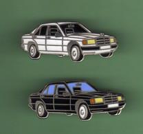 MERCEDES *** Lot De 2 Pin's Differents *** 5057 - Mercedes
