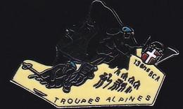 71464- Pin's -Le 13e Bataillon De Chasseurs Alpins.Militaire.Armée.Indien. - Militari