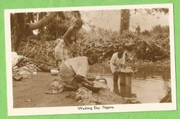 BA0576  Post Card   -  NIGERIA   - Washing Day  ++++ - Nigeria
