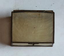 Petite Boîte Ancienne En Peau Et Métal - Sonstige