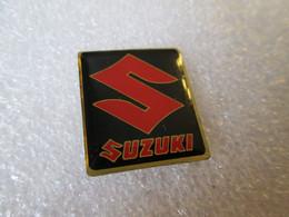 PIN'S     LOGO  SUZUKI - Altri