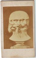 GUERRE DE 1870 , Photo D'un Buste De NAPOLEON III + ROI DE PRUSSE + ............ - Ancianas (antes De 1900)