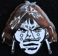SAGGAY - TETE D'INDIEN - GRAND MODEL - 4cm / 4cm - H.PRATT -  BD - HUGO PRATT -          (ROUGE) - Fumetti