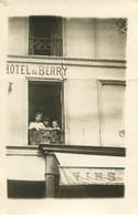 200621 - CARTE PHOTO 37 INDRE ET LOIRE TOURS HOTEL DU BERRY 74 Rue Bernard Palissy VINS ALCOOL - Tours