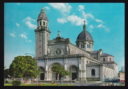 Manila. *The Manila Cathedral* Nueva. - Filippine