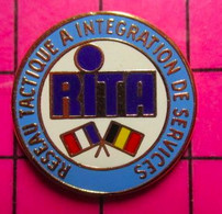 SP08 Pin's Pins / Beau Et Rare / THEME : MILITARIA / FRANCE BELGIQUE RITA Lovely Rita Meter Maid ? - Militari