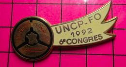 SP08 Pin's Pins / Beau Et Rare / THEME : ASSOCIATIONS / SYNDICAT FORCE OUVRIERE LES PROFESSIONNELS ROUTIERS CONGRES 1992 - Associazioni
