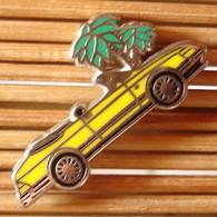 Joli Pin's Saab Cabriolet Jaune, Zamac, TBQ, Pins Pin. - Altri