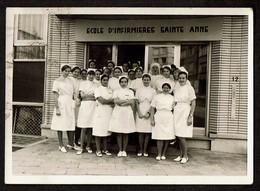 Photo Originale 10,5 X 7,5 Cm - Ecole D'Infirmières Sainte Anne - Infirmière - Voir Scan - Personnes Anonymes